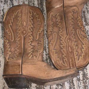 9f5b095573c Cavender Shoes on Poshmark